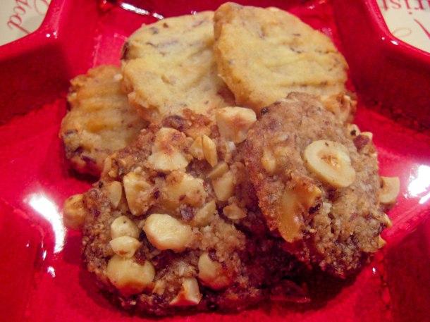 Øverst: Ina´s NøddekagerNederst: Ina´s Nøddekager uden sukker og gluten