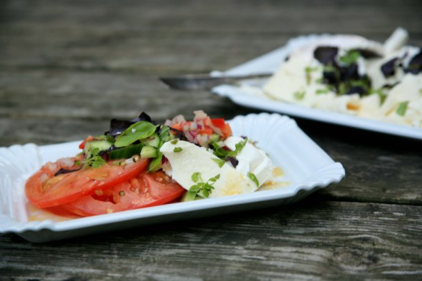Tomatsalat med feta og mozarella