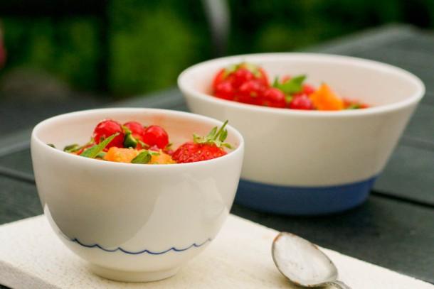 Melonsalat med jordbær, lime og mynte
