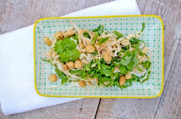 Hvidkålsalat med koriander og peanuts-4