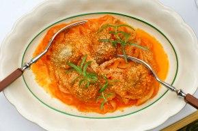 Spaghetti med Kødboller iTomatsauce