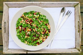 Grønkålsalat med mormordressing