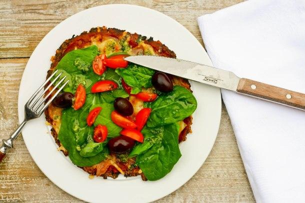 LCHF blomkålspizza med sprødere bund-2