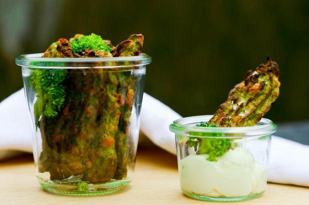 Sprøde broccolifritter med aioli