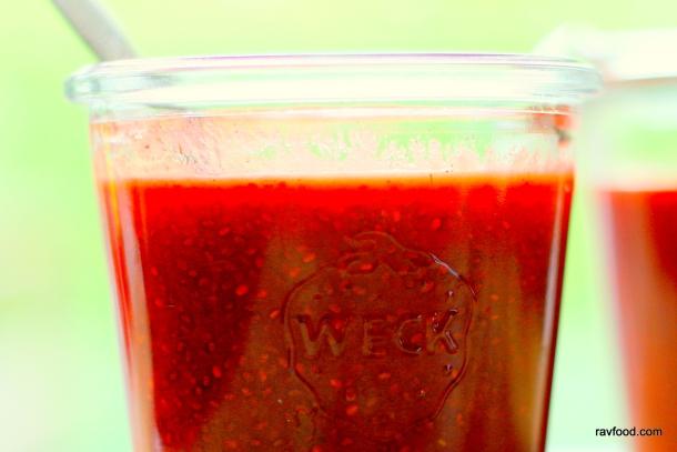 Jordbærmarmelade med vanilje og chiafrø