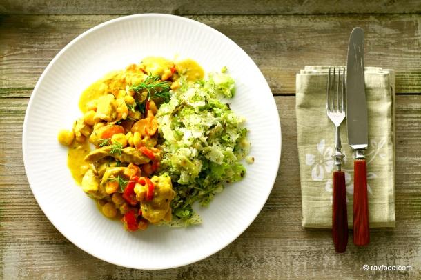Karrykylling med gule grøntsager