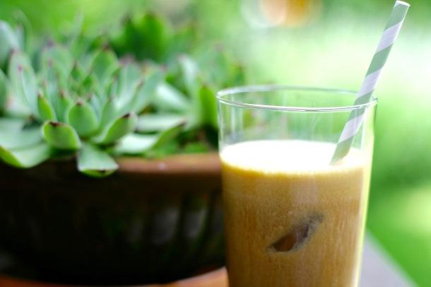 Iskaffe med proteiner