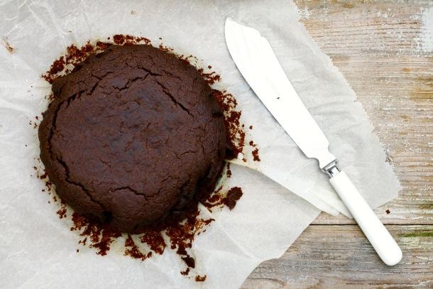 Mandelchokoladekage med olivenolie